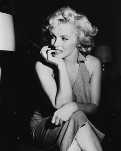 my_week_with_marilyn_monroe_471995705_961x1200