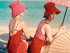 Red-Parasol-detail-c-Louise-Dahl-Wolfe-Vogue-Archive-Collection-Courtesy-of-Lumas-Gallery-London